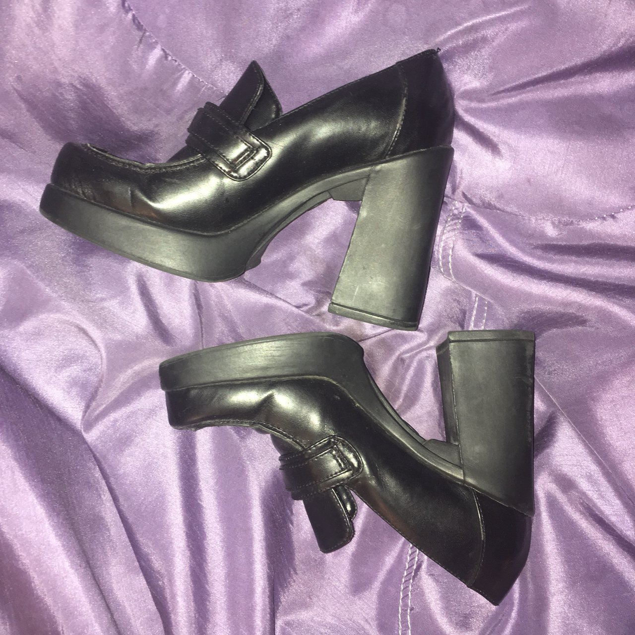 7885b6bec42  rachelbalisa16. 10 months ago. United States. 90s Goth Grunge Chunky  Platforms💔 These are super cute ...