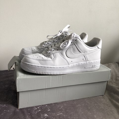 buy popular a525d 00087  salsgl. 8 months ago. London, United Kingdom. White Nike Air Force 1 Low -  Unisex ...