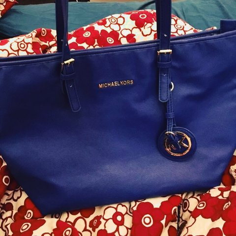 4bf5461abfcf MICHAEL KORS BLUE TOTE HANDBAG PERFECT CONDITION, LOVELY #mk - Depop