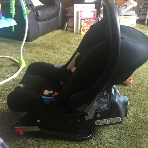 Britax Car Seat With Isofix Base Only Been Used A Few Times