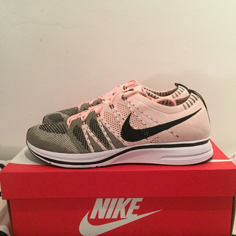 1c14ce9b5 ... reduced nike flyknit trainer pink black uk10 us11 condition depop ee5ce  92826