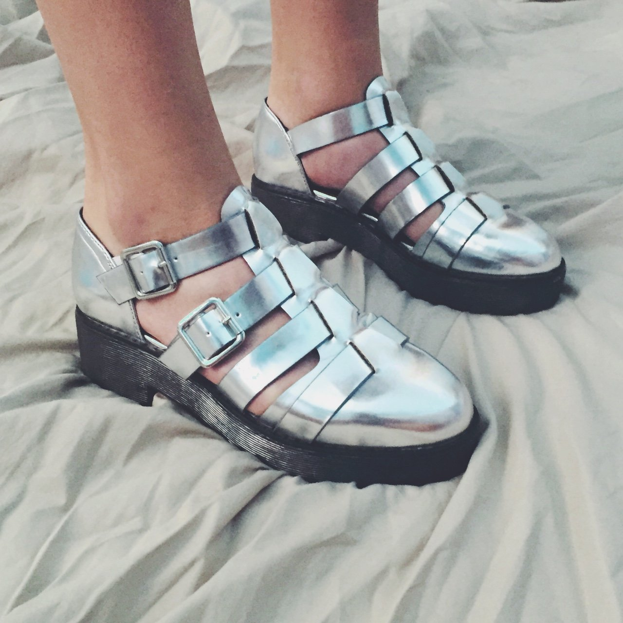 Metallic silver strappy forever 21 platform sandals 699a957176