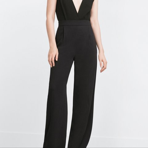 b470a28f @staceynic. 2 years ago. Canvey Island, United Kingdom. Zara XS Black wide  leg flowing palazzo trousers. Worn once.