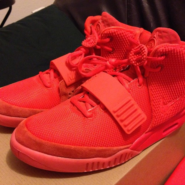 on sale dfe38 c62b0  pesanze. 5 years ago. Frankfurt, Germany. Nike Yeezy 2 Red October ...