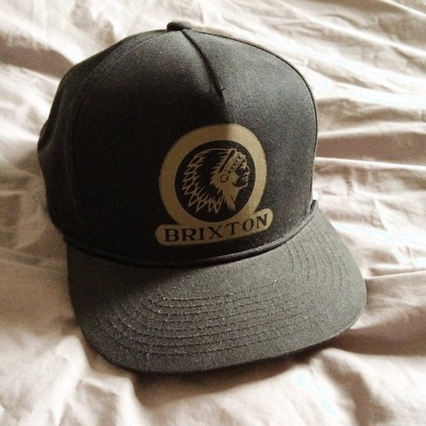 faf2c19f0b1d3 Brixton old school SnapBack. Still in great condition. with - Depop