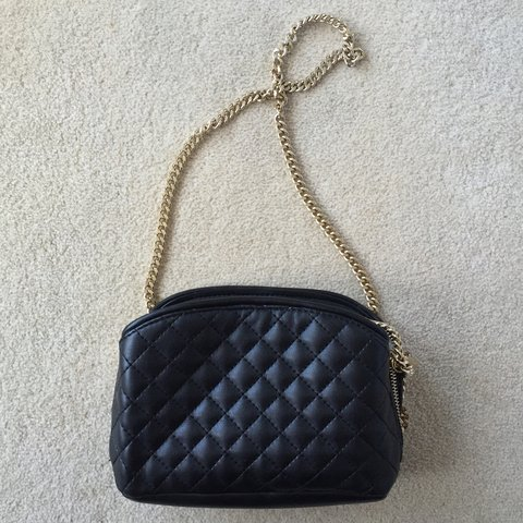 3164f90694e Zara black faux leather quilted handbag with gold chain Worn - Depop
