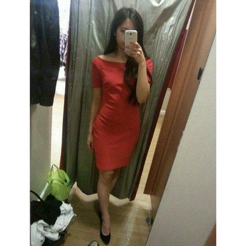 987f4466bdb8 @kelchan94. 4 years ago. Paisley, United Kingdom. New look bardot red dress  size 8. Only worn once in perfect ...