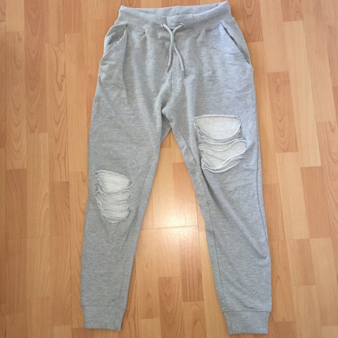 ce1a4055dbdf6d Ripped missguided joggers. So comfy!! Ripped joggers grey - Depop