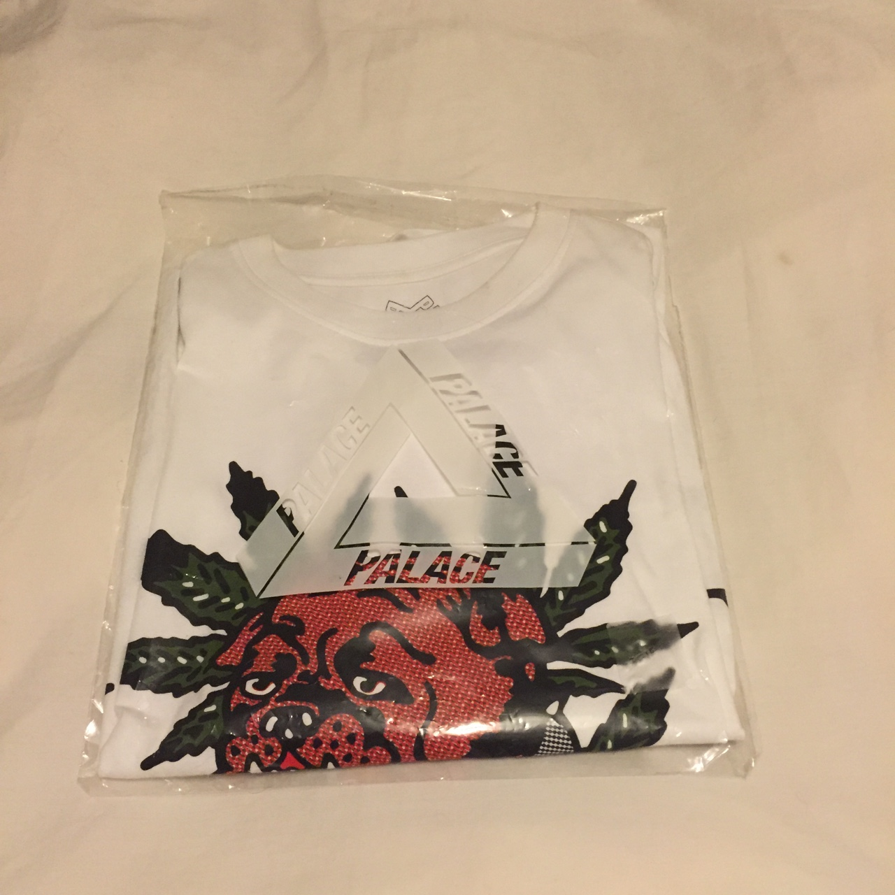Palace bulldog t shirt bought in London store with Depop