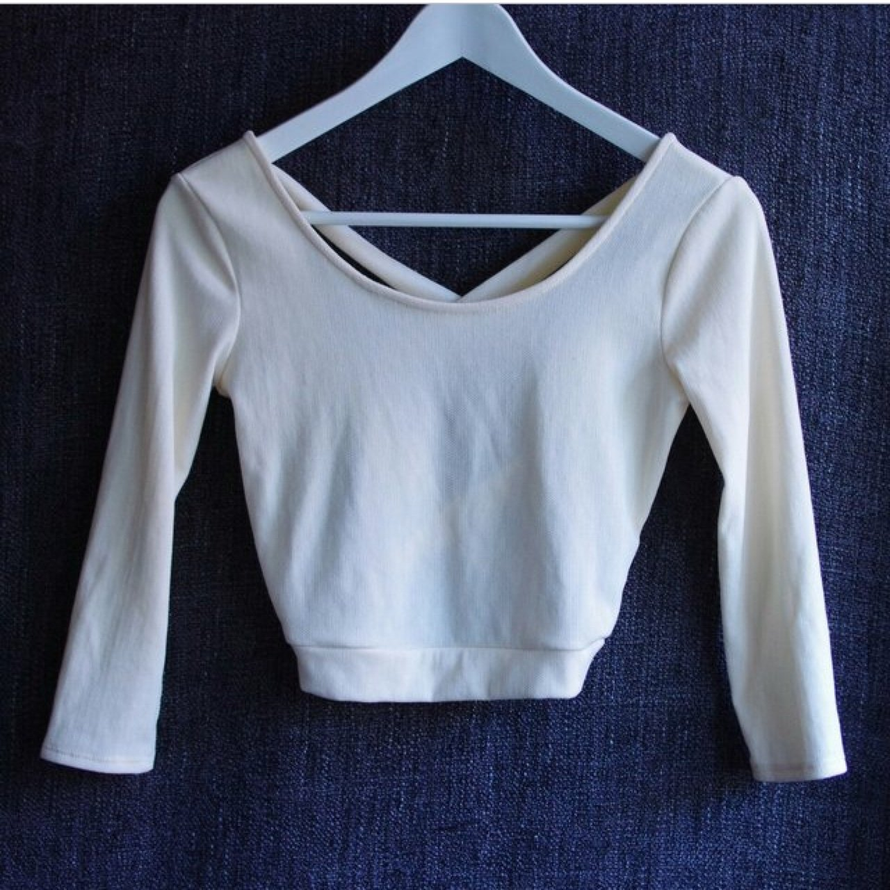 c01a9094161e69 BEAUTIFUL SPARKLE AND FADE URBAN OUTFITTERS CROP TOP WITH 💓 - Depop