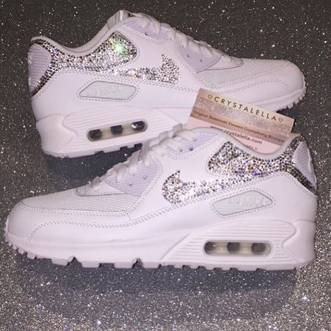 21dcbc527 💎🔥FRESH WHITE NIKE AIR MAX 90 S COMPLETED WITH SILVER 100% - Depop