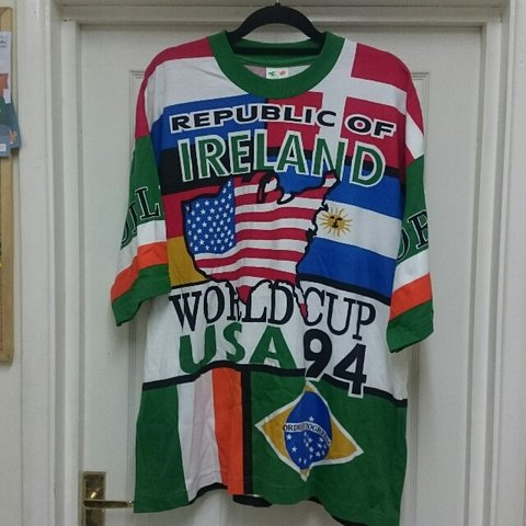 c951916af Ridiculous 90s Republic of Ireland world cup 94 t shirt. One - Depop