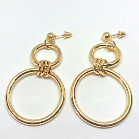 2c68e8625 💅 Brand new and ready to post 💅 Gold plated 💅 90s style - Depop