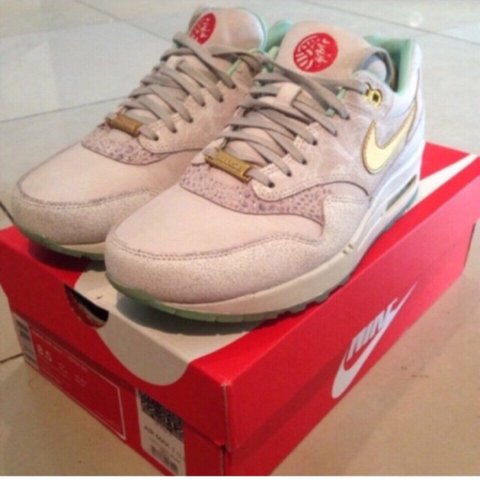 watch e01a8 a8877  jusizzy. 4 years ago. London, UK. WMNS Nike Air Max 1 YOTH ...