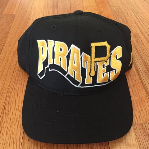 7b72110221072 Vintage 90s Pittsburgh Pirates G Cap Wave Snapback Hat One G - Depop