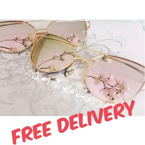 314192ea29 Cat Eye Rose Gold Mirrored Aviator Sunglasses! Celebrity 1 - Depop