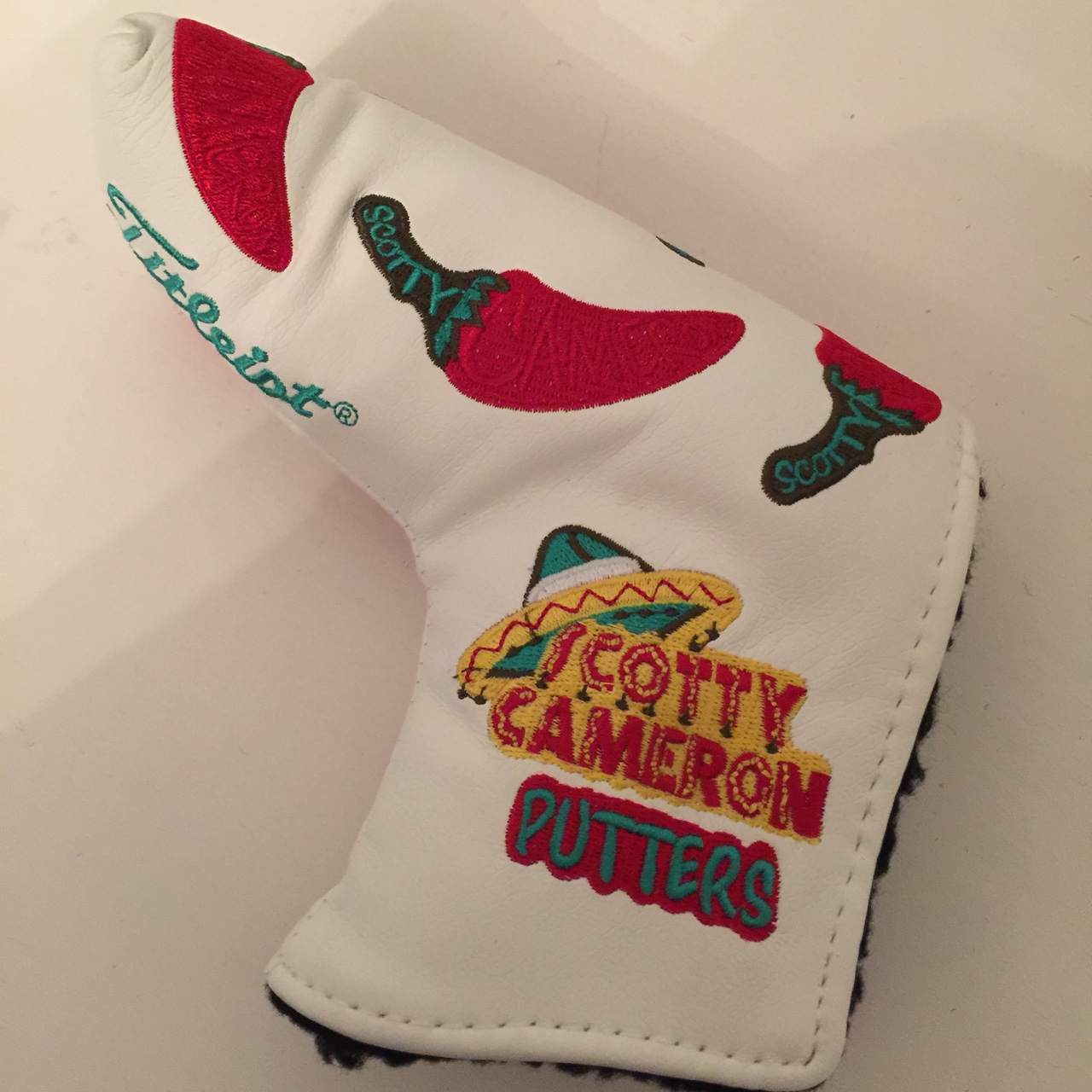Scotty Cameron chilli putter headcover, brand new    - Depop