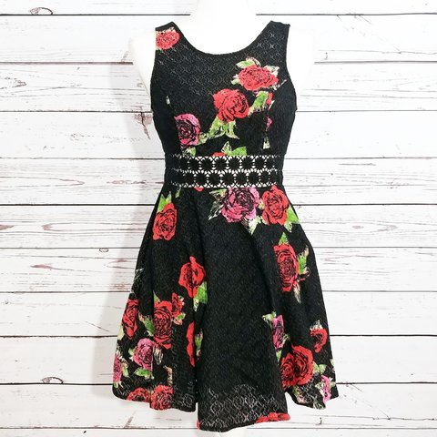 8d7328cabe4 BRAND  Free People SIZE  2 FLAW  none COLOR  black