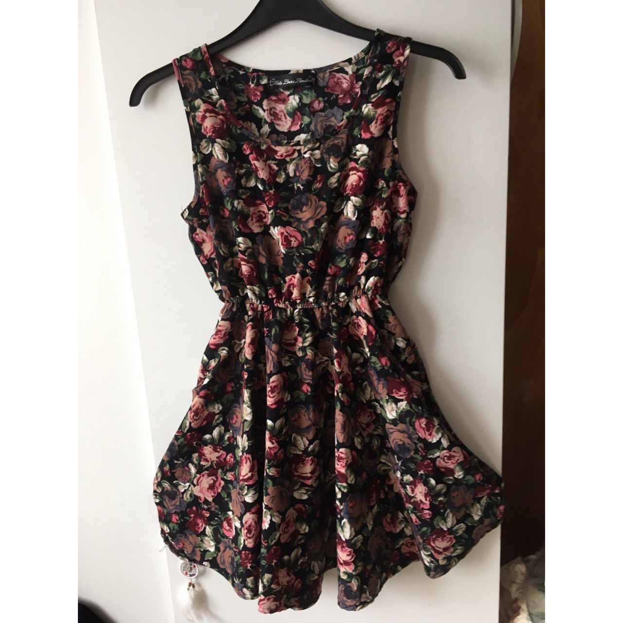 62bd7474be54 Floral dress size 10 with pockets elastic waistband perfect - Depop