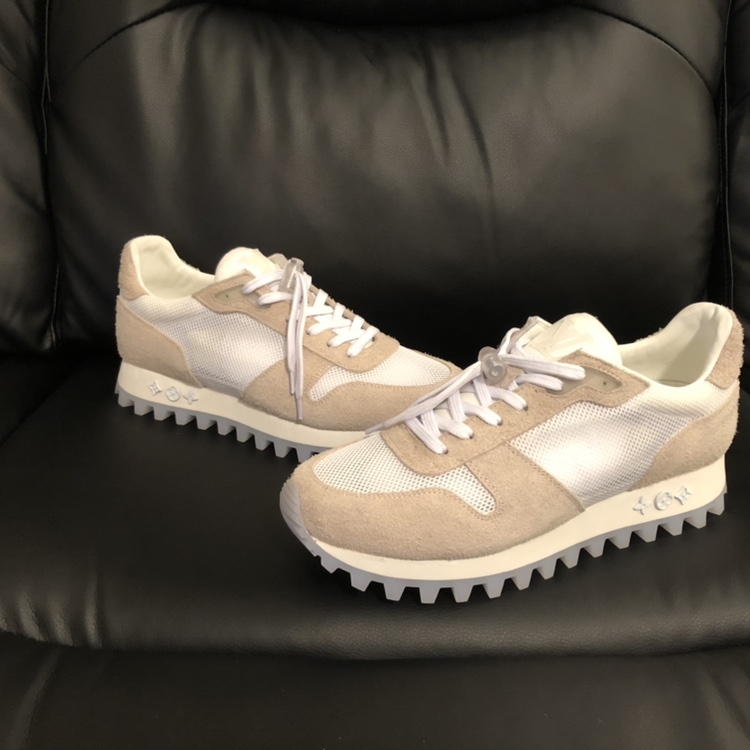 Authentic Louis Vuitton Runner Sneakers