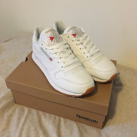 392a579022164 Reebok Classic Leather WOMEN in White. Size 4.5UK. Only a - Depop