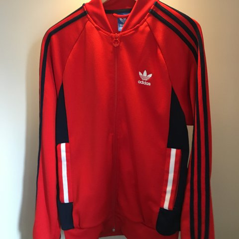 270c39106651 Adidas superstar track jacket red medium only been worn a me - Depop