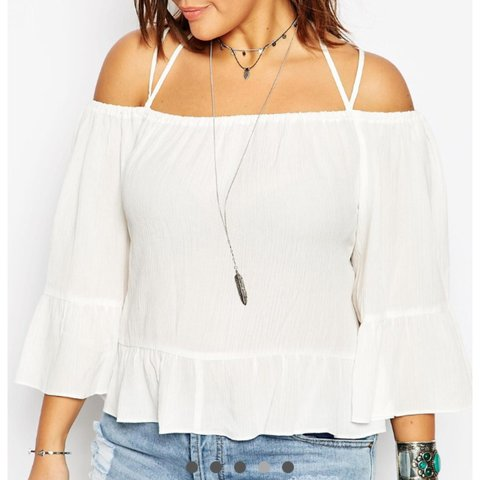 a904ca50924f58 NEW ASOS CURVE COLD SHOULDER TOP IN CRINKLE