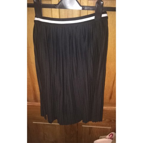 ef58bf845a @demdemxx. 3 years ago. Leicester, UK. Black pleated midi skirt with sports  band. Size 8 from topshop ...