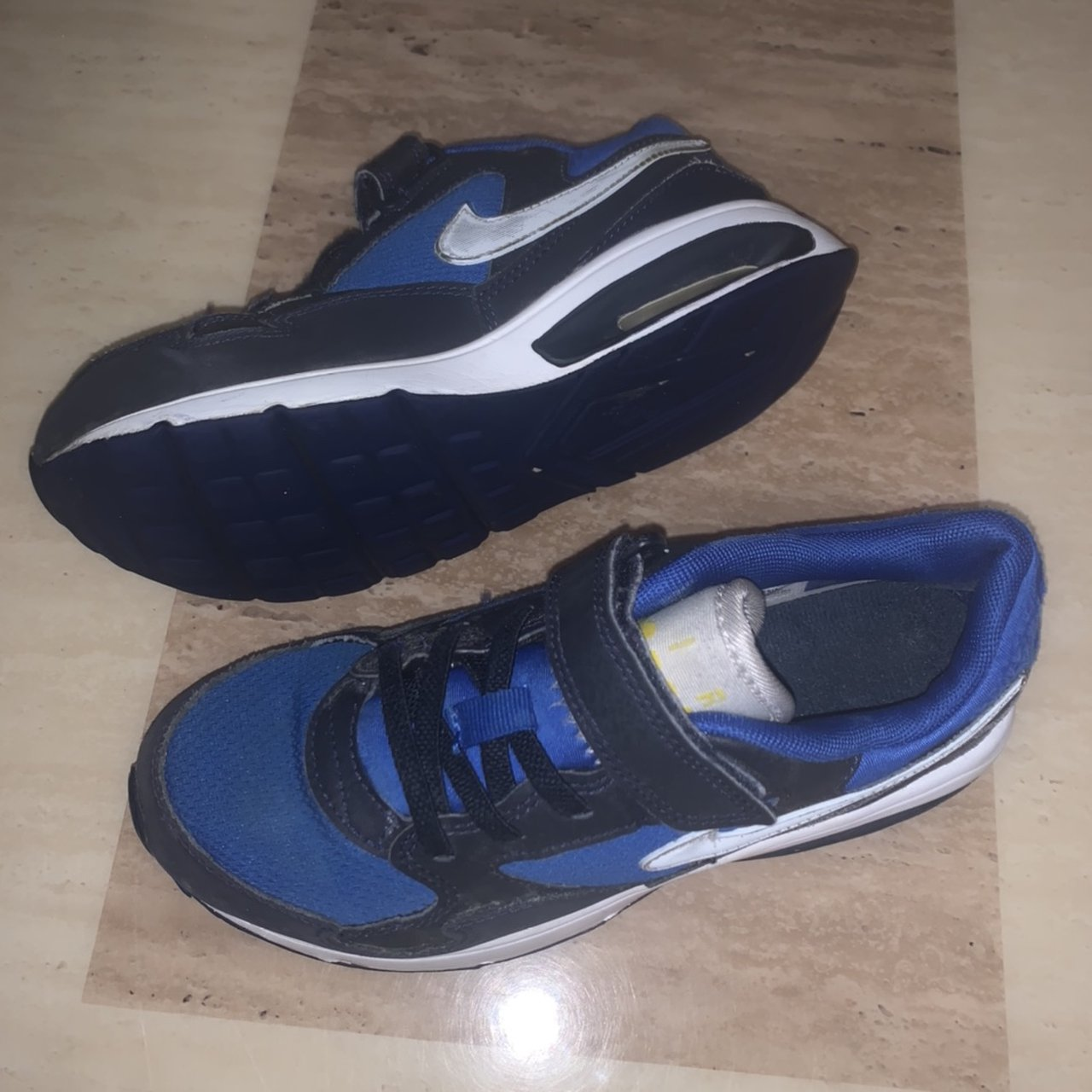 Nike kids trainers air max Size UK 2.5