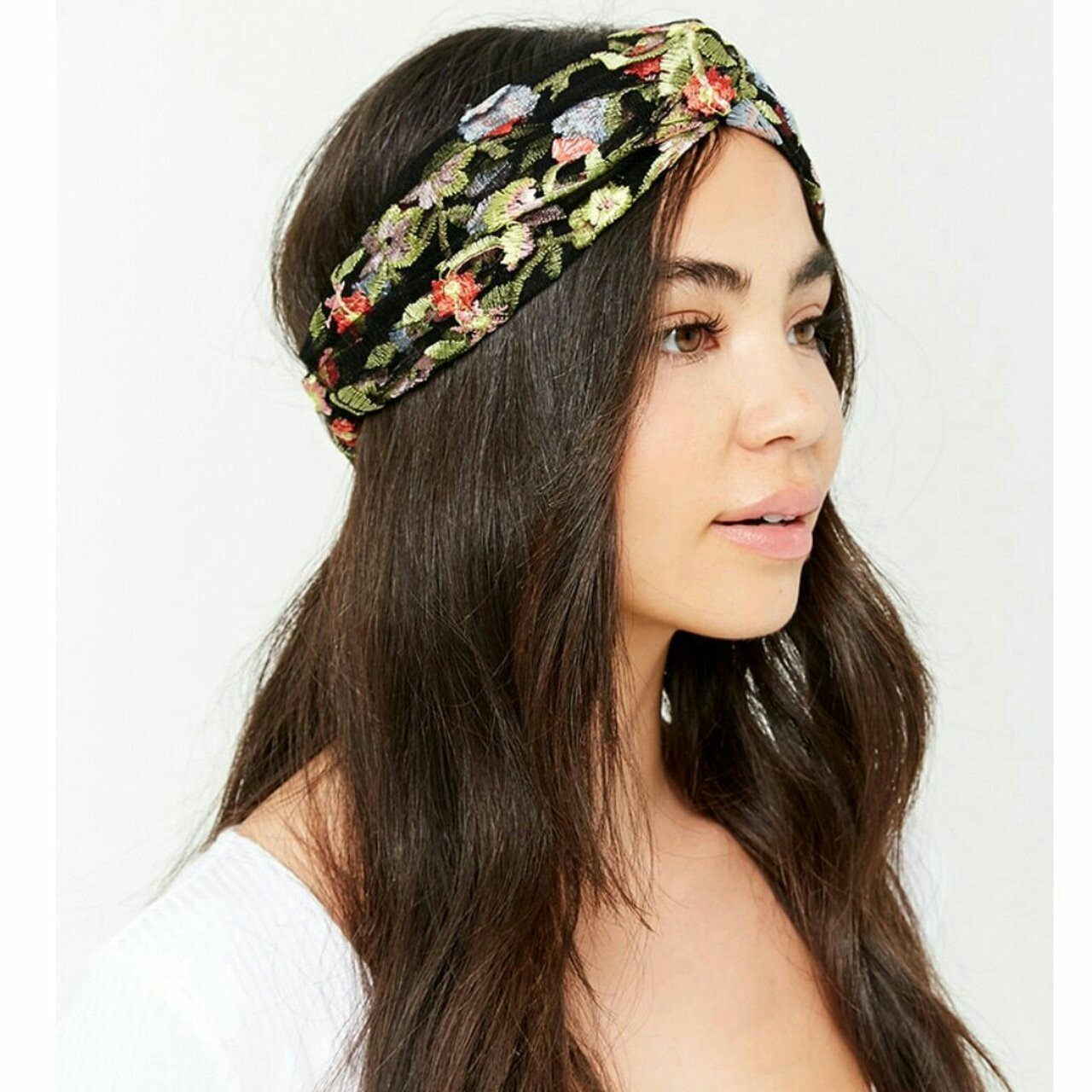 Forever 21 sheer mesh floral embroidered headwrap. Feel free - Depop 28a3c75b046