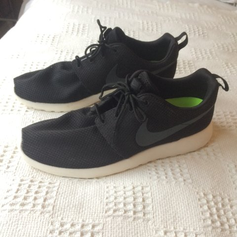 online store 9de6a 372b0 Nike Roshe Run (black white) UK Size 11 -Almost perfect only - Depop