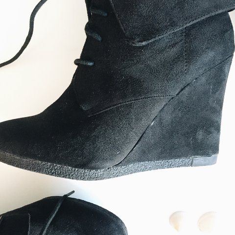 8a97898afe8d Mossimo Supply Co. Kloe Wedge Booties - Size 9 🐣 wore once - Depop