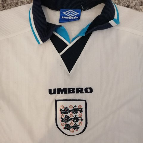 bb5cc2615 Official authentic vintage retro umbro England football 90s - Depop
