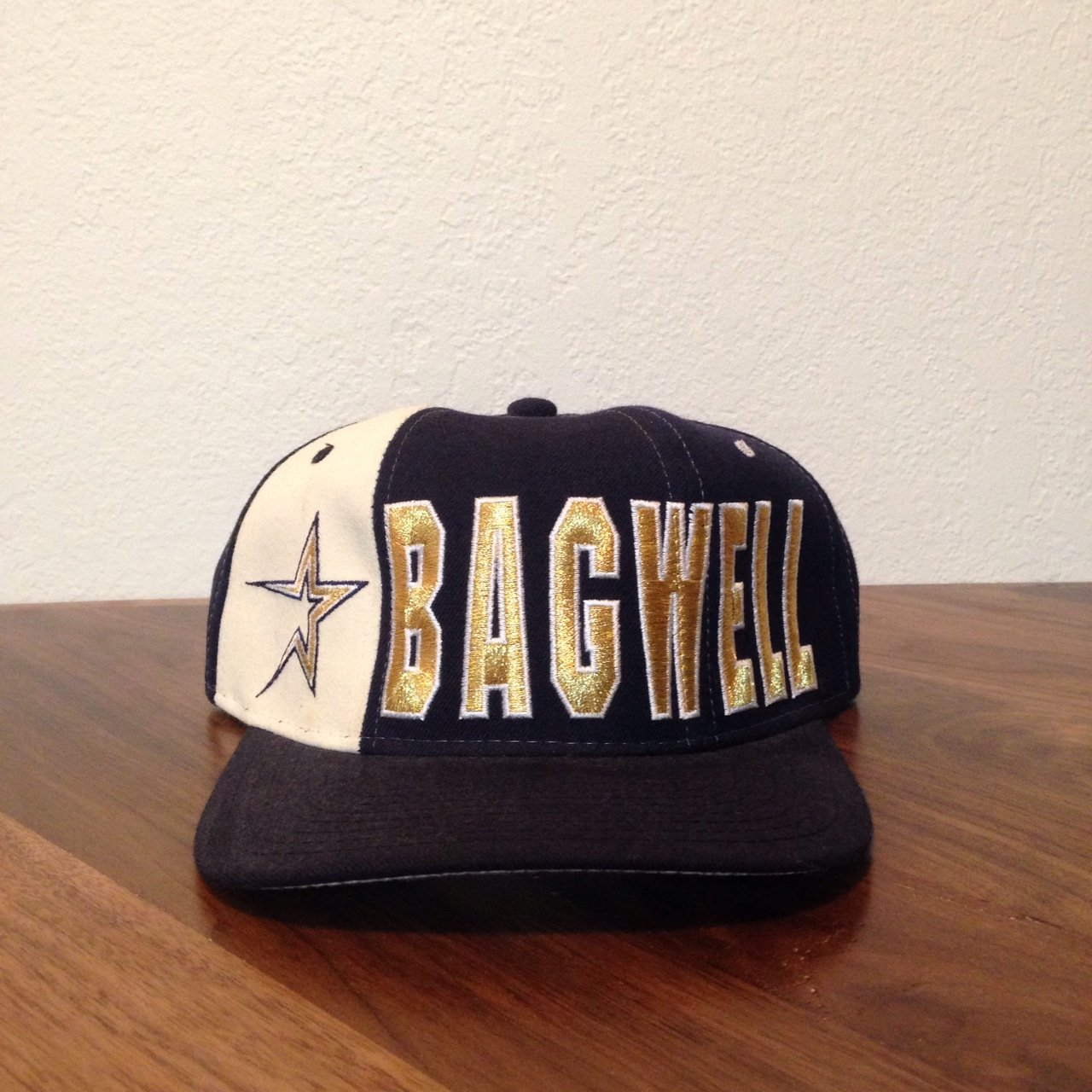 031897f5c1a Vintage Jeff Bagwell Houston Astros snapback by Starter. and - Depop
