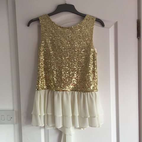 8f2c11ce River island gold sequin top with frilly bottom. Never worn - Depop