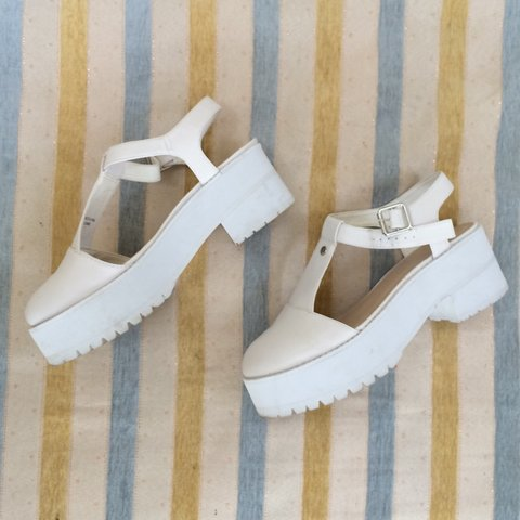 81564ef367f  uniqstuff. 2 years ago. France. Cute platform shoes from Asos! They ...