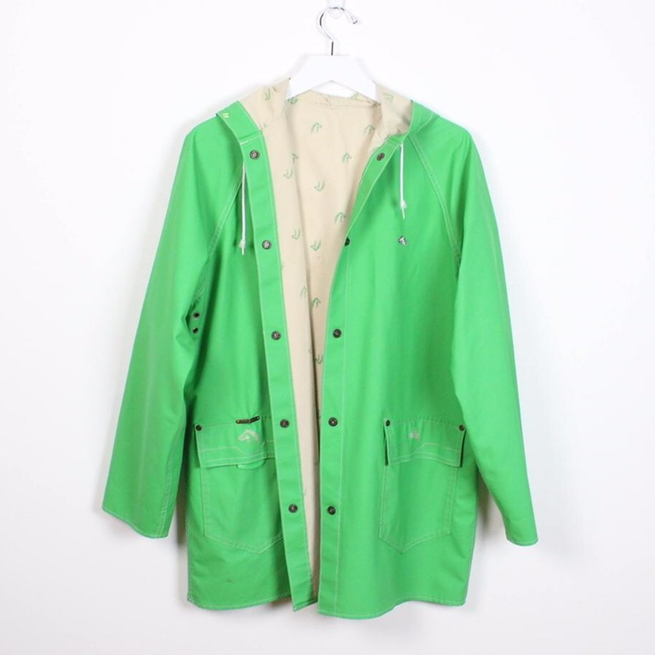 a7f530d535 Vintage 80s raincoat. Kelly green with