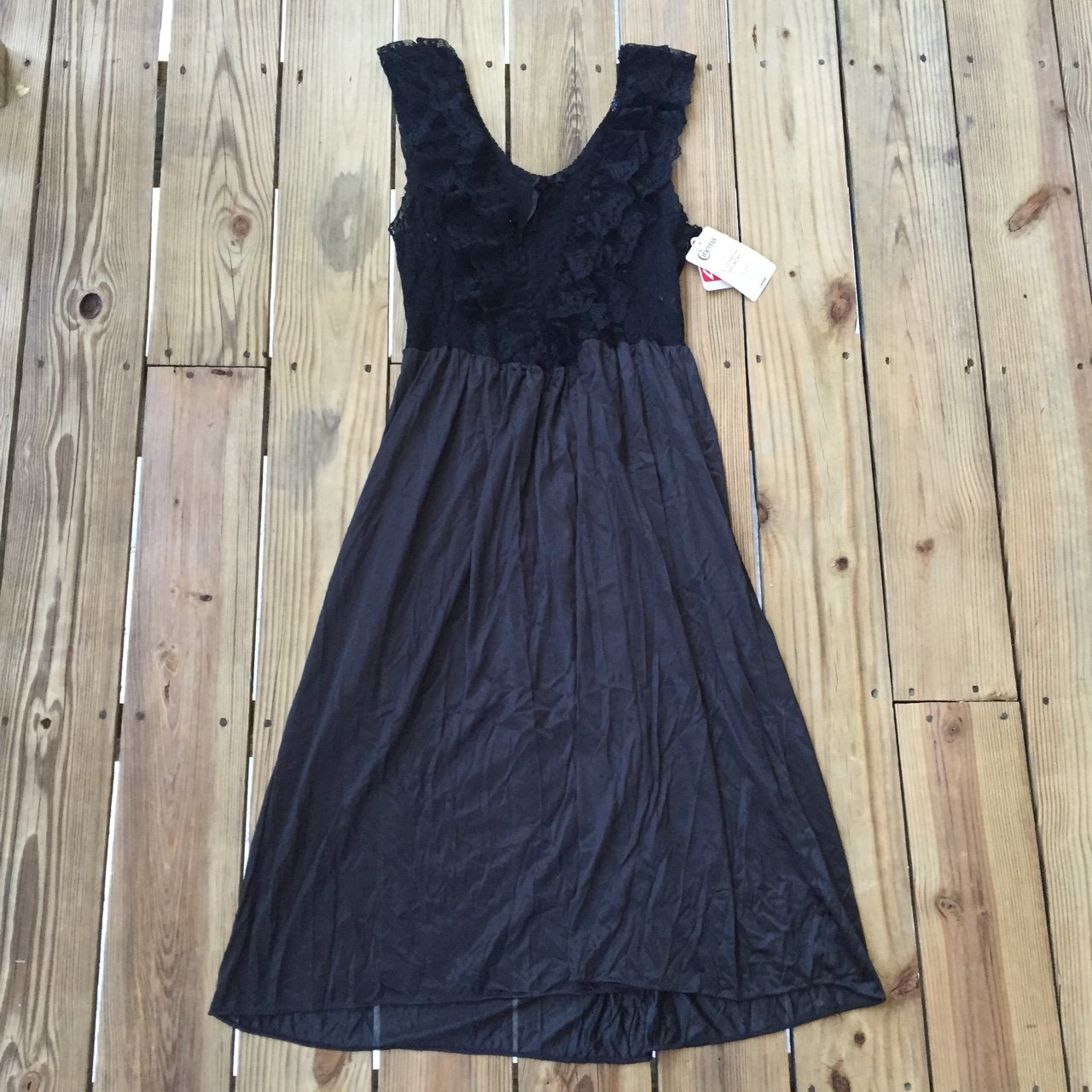 OMG gorgeous frilly goth witchy nightie nightgown. VINTAGE I - Depop b650b6f25