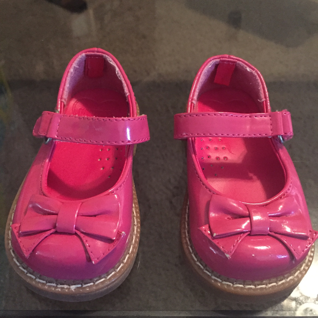Gymboree Toddler Girl Shoes in Size: 3