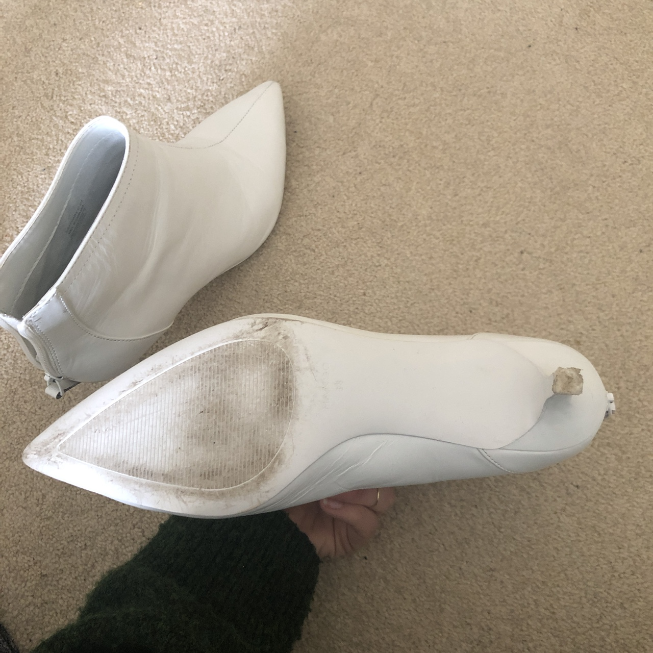dab795fc706 Mango White Kitten Heel Pointed Leather Boots! RRP... - Depop