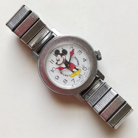 Mickey Mouse Watch Value >> Mickey Mouse Watch Vintage Mickey Mouse Watch On A Band Depop