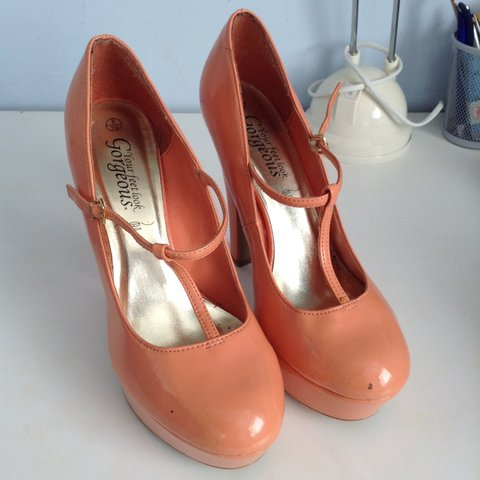 01fd522862 New Look Coral Heels. Shoes are a size 6 Ignore platform t - Depop
