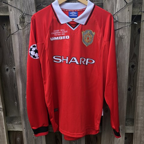 cbf7d933787 Manchester United 1999 00 Home Champions League Long Sleeve - Depop