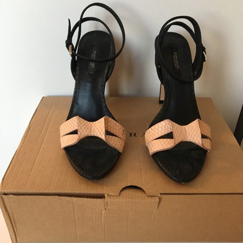 Zara Heels with pink bow