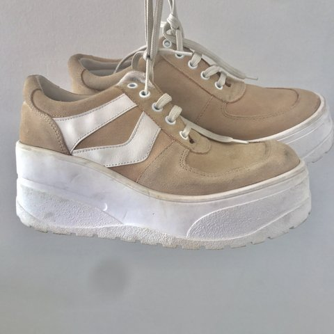 05956ab1e33 Amazing platform 90s sneakers. Pink tan suede color. Only a - Depop