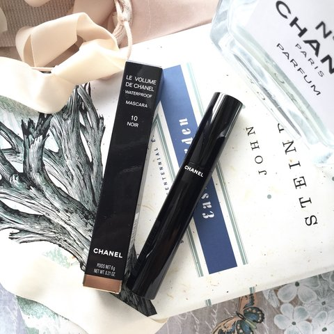 c418991a842 Chanel le Volume Waterproof mascara in the colour 10 Noir. I - Depop