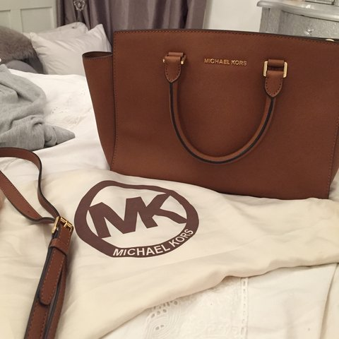 81c67a5d4a0a @rosieo14. 4 years ago. London, UK. Genuine Michael Kors Bag. Comes with  dust ...