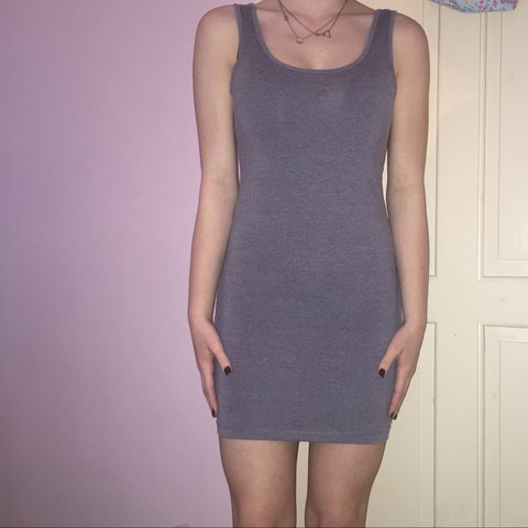 41dc5450f274 @katielois. 3 years ago. Folkestone, Kent, UK. Forever 21 grey bodycon dress.  labels have been cut out but is size XS (will fit ...