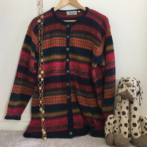 b589a7cca GENUINE VINTAGE round neck woven cardigan in cute autumnal a - Depop