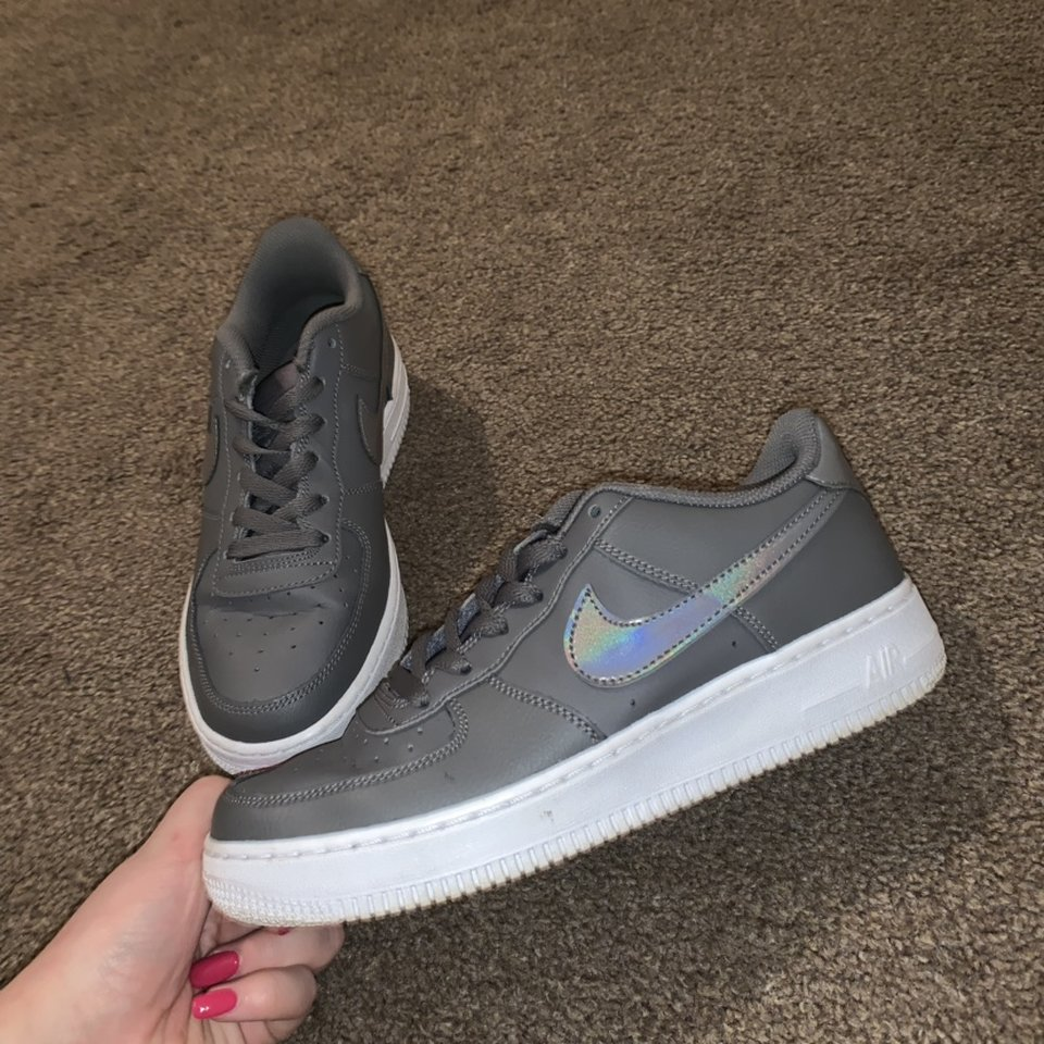 nike air force with grey tick